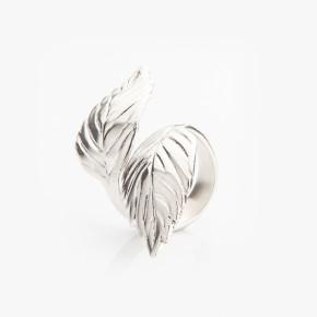 Stříbrný prsten ve tvaru lístků máty
