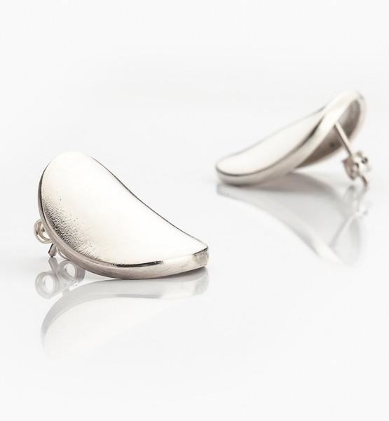 Elegantní náušnice z masivního stříbra.